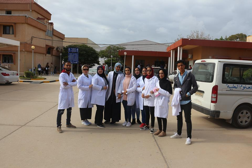 Faculty of Pharmacy Third year students receive clinical training in the program of Dr. Pharmacy