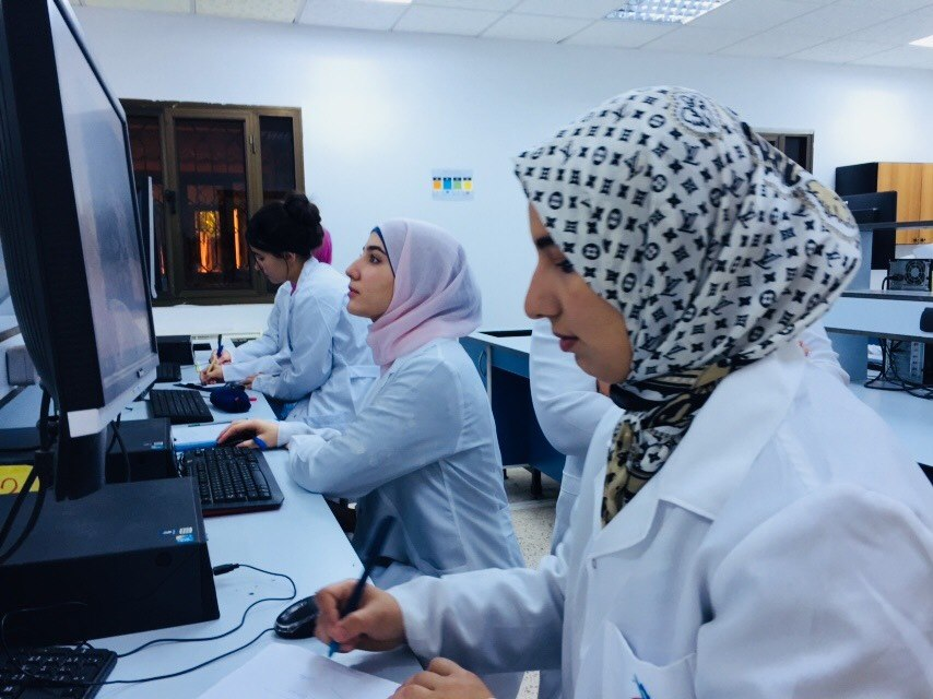 Second year Pharmacy Students and Computer-Aided Drug Design