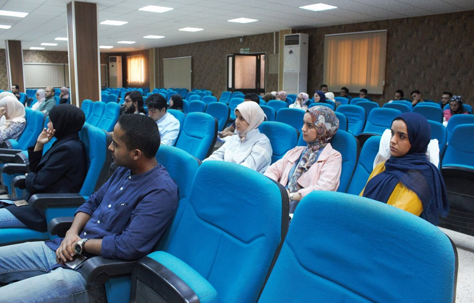 Faculty of Medicine Fourth year students presented on Wednesday, August 7, 2019 A scientific debate entitled transplantation of human organs with or against